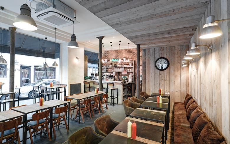 avant apr s am nagement int rieur d 39 un restaurant burger de 70m2. Black Bedroom Furniture Sets. Home Design Ideas